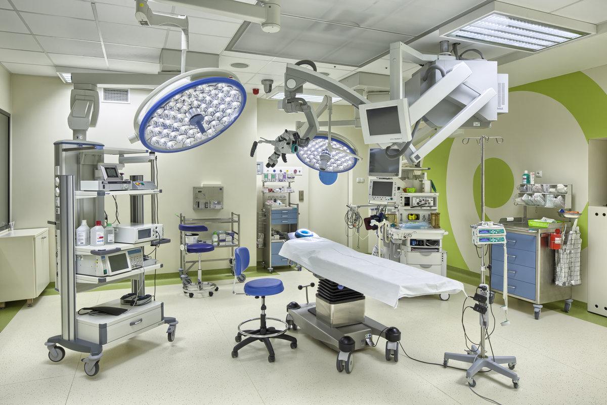Оснащение кабинета хирурга